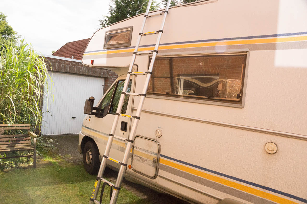 teleskopleiter f r das wohnmobil test camperstyle. Black Bedroom Furniture Sets. Home Design Ideas
