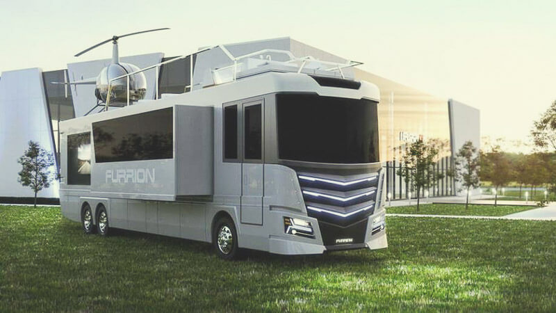 Super Luxus-Wohnmobil Mit Whirlpool Und Heli-Landeplatz